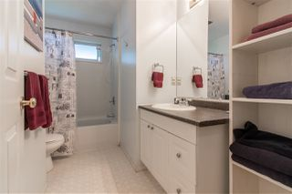 Photo 4: 3266 264A Street in Langley: Aldergrove Langley House for sale : MLS®# R2328920
