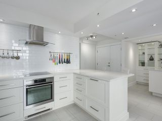 """Photo 9: 601 1970 HARO Street in Vancouver: West End VW Condo for sale in """"LAGOON ROYALE"""" (Vancouver West)  : MLS®# R2315150"""