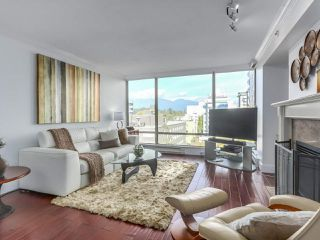 """Photo 3: 601 1970 HARO Street in Vancouver: West End VW Condo for sale in """"LAGOON ROYALE"""" (Vancouver West)  : MLS®# R2315150"""