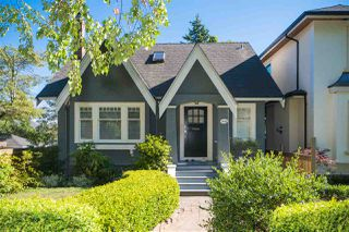 Photo 1: 3626 W 37TH Avenue in Vancouver: Dunbar House for sale (Vancouver West)  : MLS®# R2301918