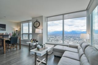 """Photo 4: 3901 5883 BARKER Avenue in Burnaby: Metrotown Condo for sale in """"ALDYANNE ON THE PARK"""" (Burnaby South)  : MLS®# R2348636"""