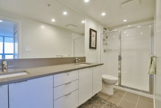 """Photo 13: 3901 5883 BARKER Avenue in Burnaby: Metrotown Condo for sale in """"ALDYANNE ON THE PARK"""" (Burnaby South)  : MLS®# R2348636"""
