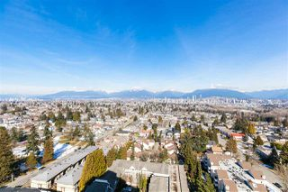 """Photo 4: 2105 4160 SARDIS Street in Burnaby: Central Park BS Condo for sale in """"CENTRAL PARK PLACE"""" (Burnaby South)  : MLS®# R2348050"""
