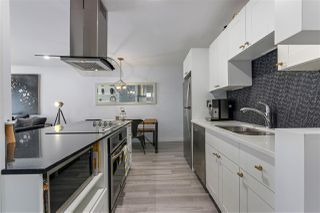 """Photo 10: 309 270 W 1ST Street in North Vancouver: Lower Lonsdale Condo for sale in """"Dorset Manor"""" : MLS®# R2304952"""
