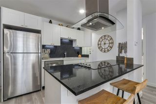 """Photo 6: 309 270 W 1ST Street in North Vancouver: Lower Lonsdale Condo for sale in """"Dorset Manor"""" : MLS®# R2304952"""
