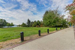 """Photo 18: 309 270 W 1ST Street in North Vancouver: Lower Lonsdale Condo for sale in """"Dorset Manor"""" : MLS®# R2304952"""