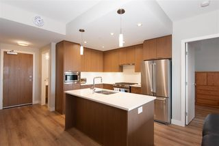 """Photo 8: 307 4289 HASTINGS Street in Burnaby: Vancouver Heights Condo for sale in """"Modena"""" (Burnaby North)  : MLS®# R2358636"""