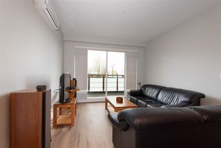 """Photo 3: 307 4289 HASTINGS Street in Burnaby: Vancouver Heights Condo for sale in """"Modena"""" (Burnaby North)  : MLS®# R2358636"""