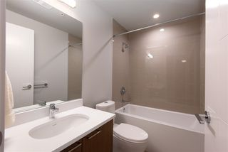 """Photo 14: 307 4289 HASTINGS Street in Burnaby: Vancouver Heights Condo for sale in """"Modena"""" (Burnaby North)  : MLS®# R2358636"""