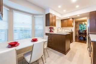 Photo 10: 9284 GOLDHURST Terrace in Burnaby: Forest Hills BN Townhouse for sale (Burnaby North)  : MLS®# R2347920