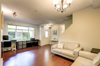 """Photo 6: 90 6878 SOUTHPOINT Drive in Burnaby: South Slope Townhouse for sale in """"CORTINA"""" (Burnaby South)  : MLS®# R2480680"""