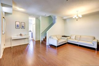 """Photo 8: 90 6878 SOUTHPOINT Drive in Burnaby: South Slope Townhouse for sale in """"CORTINA"""" (Burnaby South)  : MLS®# R2480680"""