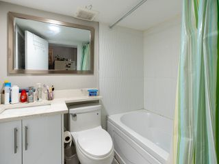 Photo 9: 372 E 58TH Avenue in Vancouver: South Vancouver House for sale (Vancouver East)  : MLS®# R2489702