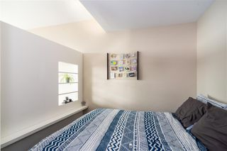 """Photo 7: 3409 2008 ROSSER Avenue in Burnaby: Brentwood Park Condo for sale in """"SOLO DISTRICT - STRATUS"""" (Burnaby North)  : MLS®# R2411300"""