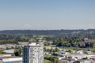Photo 10: 2305 1955 ALPHA Way in Burnaby: Brentwood Park Condo for sale (Burnaby North)  : MLS®# R2481384