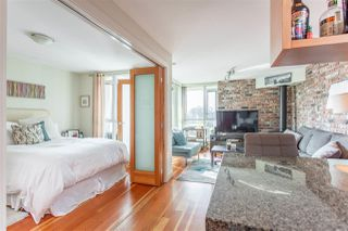 """Photo 17: 407 2515 ONTARIO Street in Vancouver: Mount Pleasant VW Condo for sale in """"ELEMENTS"""" (Vancouver West)  : MLS®# R2528697"""
