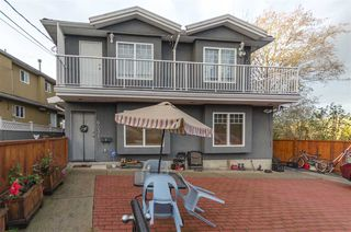 Photo 3: 6031 HARDWICK Street in Burnaby: Central BN 1/2 Duplex for sale (Burnaby North)  : MLS®# R2517541