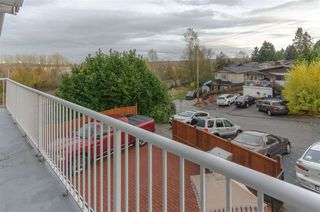 Photo 12: 6031 HARDWICK Street in Burnaby: Central BN 1/2 Duplex for sale (Burnaby North)  : MLS®# R2517541