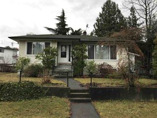 Photo 2: 6588 WILLINGDON Avenue in Burnaby: Metrotown House for sale (Burnaby South)  : MLS®# R2424614