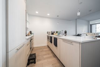 """Photo 6: 206 4963 CAMBIE Street in Vancouver: Cambie Condo for sale in """"35 Park West"""" (Vancouver West)  : MLS®# R2528060"""