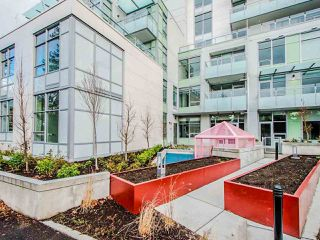 """Photo 3: 206 4963 CAMBIE Street in Vancouver: Cambie Condo for sale in """"35 Park West"""" (Vancouver West)  : MLS®# R2528060"""