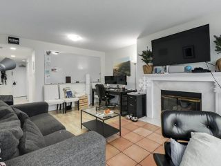 """Photo 7: 302 1008 BEACH Avenue in Vancouver: Yaletown Condo for sale in """"1000 BEACH"""" (Vancouver West)  : MLS®# R2527239"""