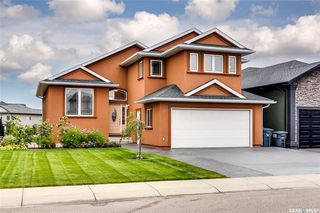 Photo 1: 127 Bennion Crescent in Saskatoon: Willowgrove Residential for sale : MLS®# SK790660