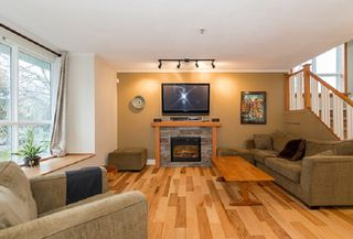 """Photo 2: 22 7128 STRIDE Avenue in Burnaby: Edmonds BE Townhouse for sale in """"Riverstone"""" (Burnaby East)  : MLS®# R2395232"""