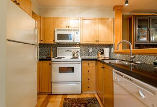 """Photo 13: 22 7128 STRIDE Avenue in Burnaby: Edmonds BE Townhouse for sale in """"Riverstone"""" (Burnaby East)  : MLS®# R2395232"""