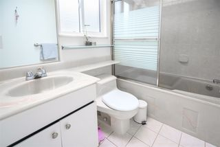 Photo 17: 5812 DUMFRIES Street in Vancouver: Killarney VE House for sale (Vancouver East)  : MLS®# R2528055
