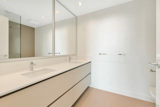 "Photo 10: 2206 4670 ASSEMBLY Way in Burnaby: Metrotown Condo for sale in ""STATION SQUARE 2"" (Burnaby South)  : MLS®# R2347392"