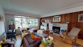 Photo 3: 6031 CULLODEN Street in Vancouver: South Vancouver House for sale (Vancouver East)  : MLS®# R2528087