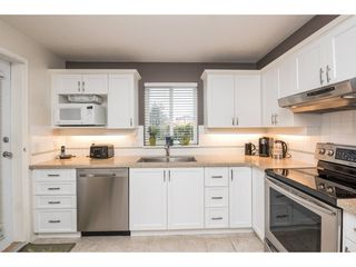 """Photo 9: 123 19750 64 Avenue in Langley: Willoughby Heights Condo for sale in """"The Davenport"""" : MLS®# R2144269"""