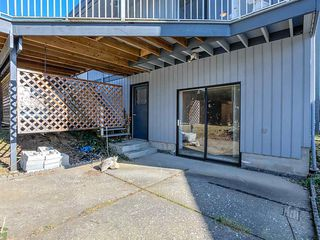 Photo 16: 3565 DALEBRIGHT Drive in Burnaby: Government Road House for sale (Burnaby North)  : MLS®# R2346546