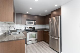 """Photo 5: 1101 1212 HOWE Street in Vancouver: Downtown VW Condo for sale in """"1212 HOWE"""" (Vancouver West)  : MLS®# R2351549"""