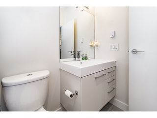 """Photo 13: 712 668 COLUMBIA Street in New Westminster: Quay Condo for sale in """"TRAPP AND HOLBROOK"""" : MLS®# R2178906"""