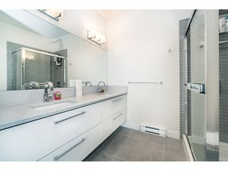 """Photo 10: 712 668 COLUMBIA Street in New Westminster: Quay Condo for sale in """"TRAPP AND HOLBROOK"""" : MLS®# R2178906"""
