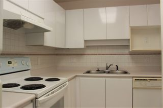 """Photo 5: 206 5833 WILSON Avenue in Burnaby: Central Park BS Condo for sale in """"PARAMOUNT I"""" (Burnaby South)  : MLS®# R2348289"""