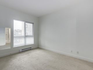 """Photo 12: 301 6198 ASH Street in Vancouver: Oakridge VW Condo for sale in """"THE GROVE"""" (Vancouver West)  : MLS®# R2332430"""