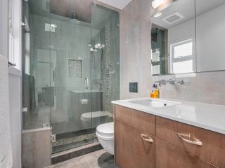 Photo 12: 86 W 21ST Avenue in Vancouver: Cambie House for sale (Vancouver West)  : MLS®# R2441087