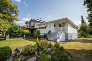 Photo 1: 6996 DUMFRIES Street in Vancouver: Killarney VE House for sale (Vancouver East)  : MLS®# R2487289