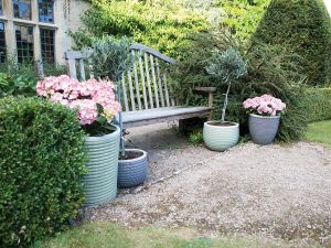Container Gardening: Pastel coloured plant pots