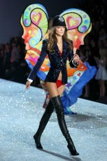 victorias-secret-vogue-64-14nov13-rex_426x639