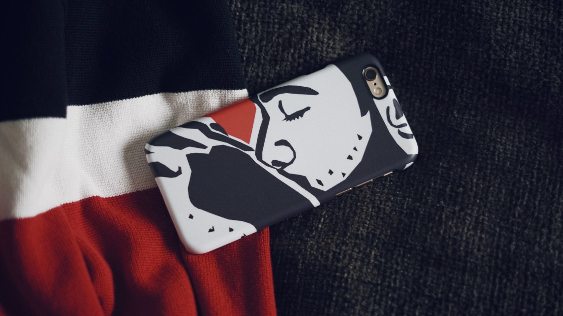 iPhone hard case from caseable. Kiss by MARK ASHKENAZI. Wearing Zara Cardigan. #RockTheCase