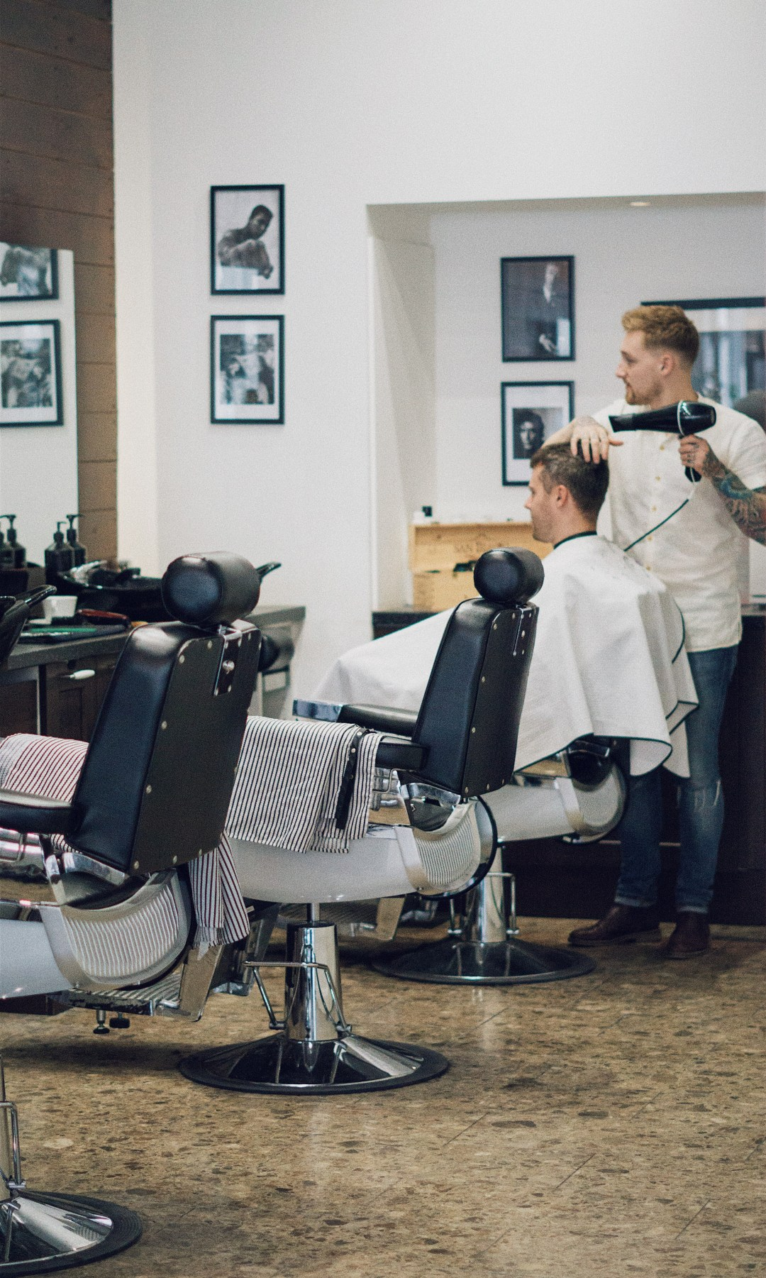 Man Made London - Award Winning Gentlemen's Grooming Room. Senior Barber Joe Easton. Blog by Skirmantas Petraitis.