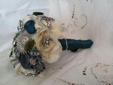 Green Brooch bouquet