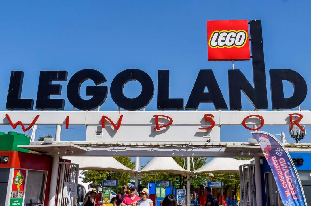 A photograph of the sign at the entrance to LEGOLAND® Windsor Resort - LEGOLAND Windsor Resort - A Review - Mrs H's favourite things