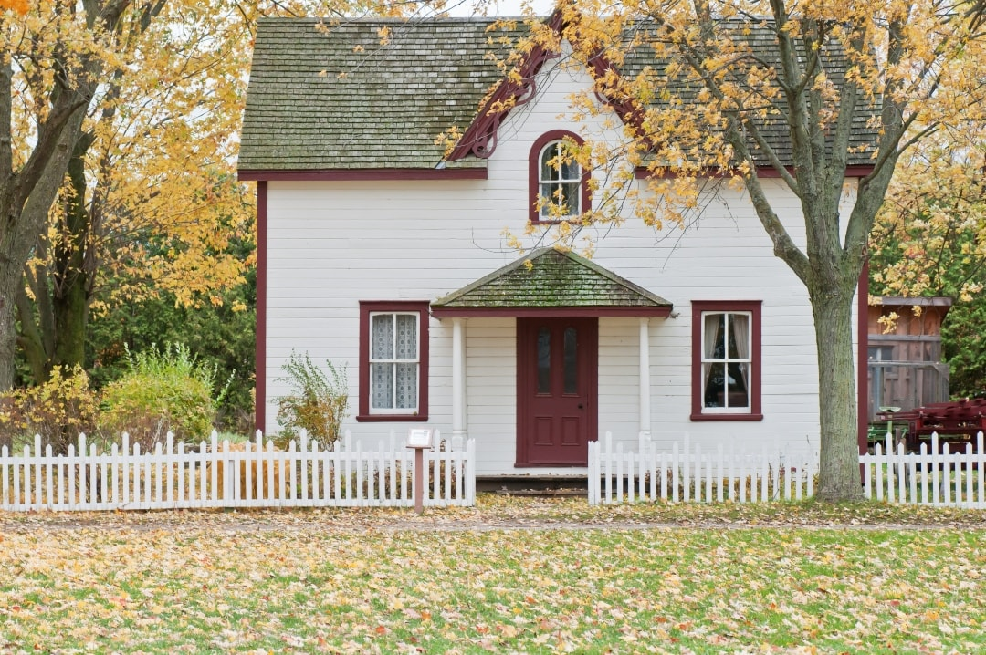 A photo of a small white house - Why You Should Take Out Home Emergency Cover - Mrs H's favourite things