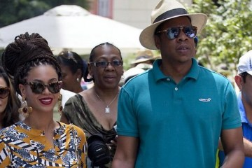 Beyonce and Jay-Z in Cuba for 5th wedding anniversary