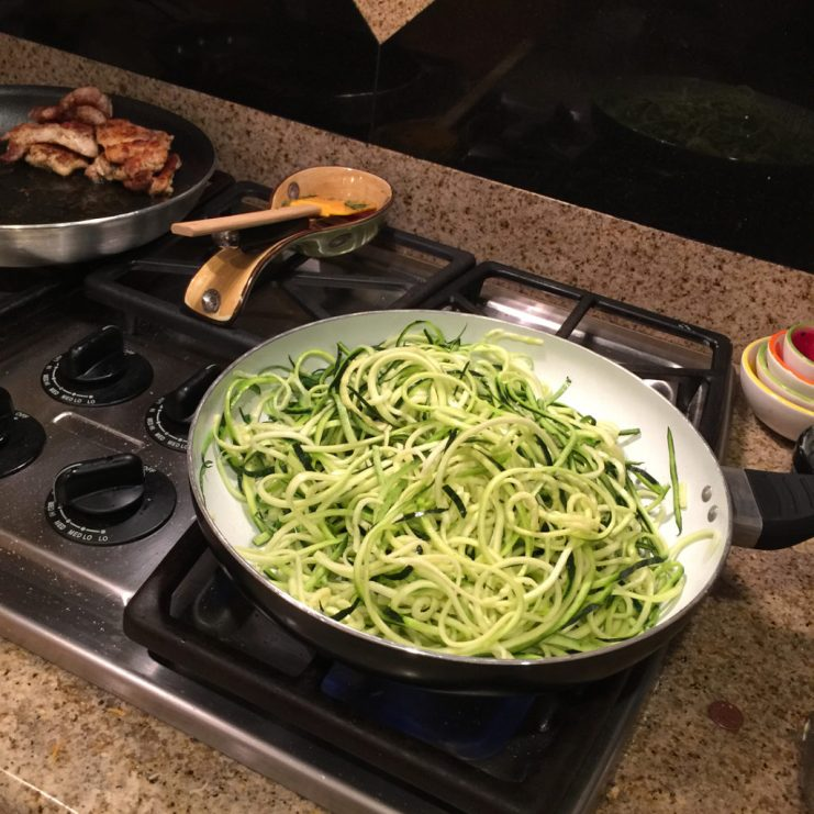 zucchini-noodles-for low carb cooking